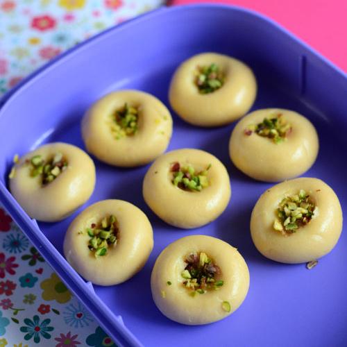 Festive special recipe: Doodh peda, festive special recipe,  doodh peda receipe,  festive special,  how to make doodh peda,  sweets recipe,  main course,  ifairer