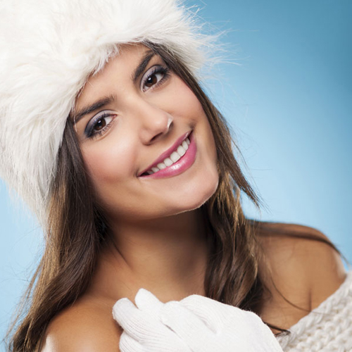 Winter skin care tips: Moisturize the skin naturally