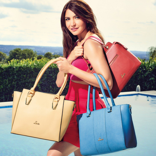 Types of bags every women should own, types of bags every women should own,  bags every women should have,  bags every woman must have in her collection,  wardrobe essentials,  fashion accessories,  ifairer