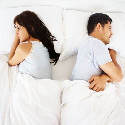 Is sleeping in separate bed good or bad for your relationship!, is sleeping in separate bed good or bad for your relationship,  sleeping apart may mean trouble for couples,  why sleeping separately is bad for your relationship,  sleeping separately,  love & romance,  relationships tips,  ifairer