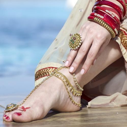 Why Indian married women wear toe rings, origin and significance, why indian married women wear toe rings,  origin and significance,  why indian married women wear toe rings,  toe rings,  spirituality,  ifairer