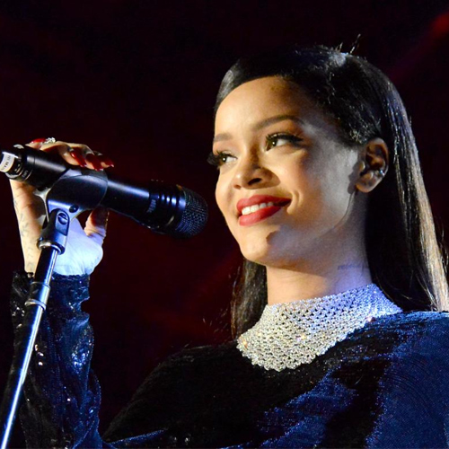 Rihanna becomes world's richest female musician with Rs 416 crore, rihanna becomes world richest female musician with rs 416 crore,  world richest female musician,  rihanna,  hollywood news,  hollywood gossip,  ifairer