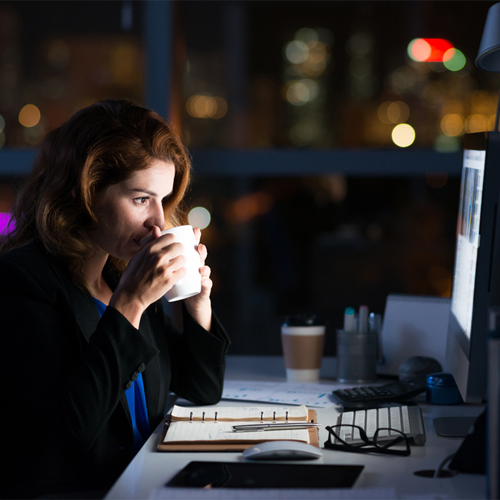 Study: Night owl girls more likely to gain weight , study,  night owl girls more likely to gain weight,  night owl girls likely to put on more weight,  weight,  research,  iafiere