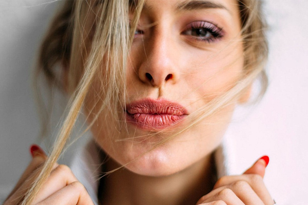 7 Essential winter skin and hair care tips, make you more attractive