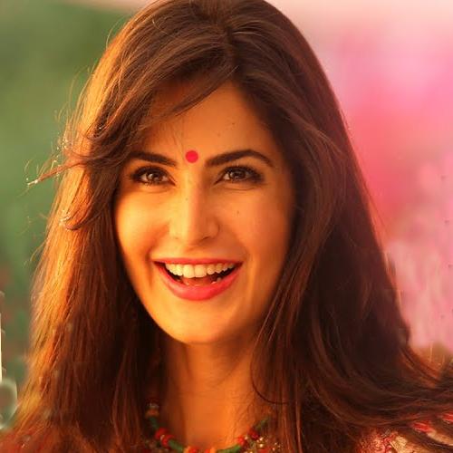 10 Reason: Why wearing a bindi is good for your health, 10 reason why wearing a bindi is good for your health,  bindi,  benefits of bindi,  healthy reasons to wear a bindi,  bindi on forehead,  fashion,  ifairer