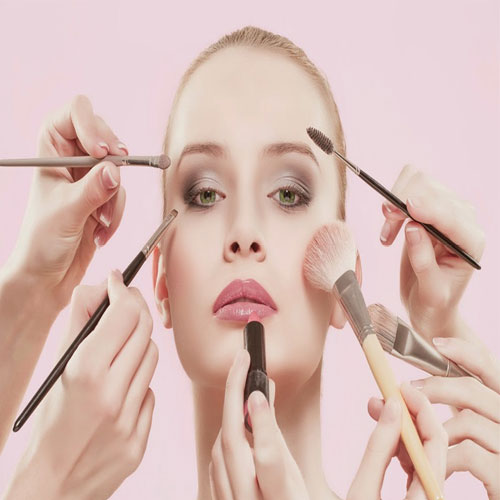 5 Makeup tips to look instantly hot and bold, 5 makeup tips to look instantly hot and bold,  tips for quick makeup,  easy makeup tips,  tips for applying quick makeup,  makeup tips,  one-minute makeovers,  ifairer