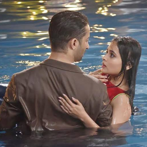 Abeer raises hand over Nishant, say I Love You to Mishti, Meenakshi's entry , abeer raises hand over nishant,  say i love you,  meenakshi dhamakedar entry,  yeh rishtey hain pyaar ke,  mishbir,  yrhpk,  tv gossips,  tv serial news,  ifairer