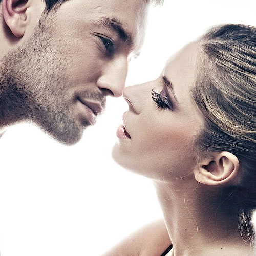 8 Ways to seduce a woman that actually work, 8 ways to seduce a woman that actually work,  how to seduce a woman,  moves to seduce a woman,  tips to seduce women,  how to attract women,  sex & advice,  relationship tips,  ifairer