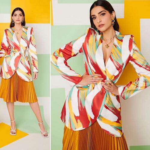 The price tag of Sonam Kapoor's heels can burn a hole in your pockets, the price tag of sonam kapoor heels can burn a hole in your pockets,  sonam kapoor,  bottega veneta,  bollywood news,  bollywood gossip,  ifsirer