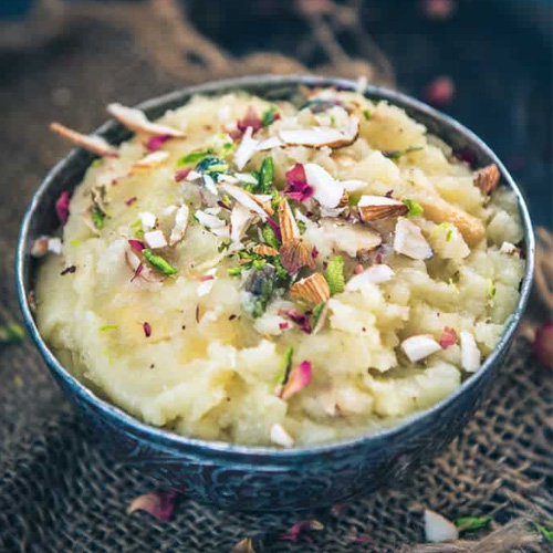 Potato Halwa Recipe: Make in few minutes, potato halwa recipe,  make in few minutes,  how to make aloo ka halwa,  recipe of aloo ka halwa,  halwa recipe,  desserts,  ifairer