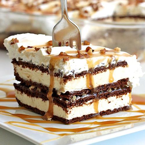 Recipe: Sandwich cake with ice cream , recipe,  sandwich cake with ice cream,  recipe of ice cream sandwich cake,  ice cream sandwich cake recipe,  how to make ice cream sandwich cake,  recipe,  dessert,  ifairer