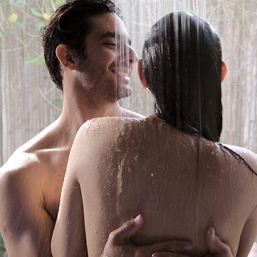 9 Tips to enjoy intimacy in the shower, 9 tips to enjoy intimacy in the shower,  sex in the shower,  shower sex,  sex & advice,  relationships tips,  ifairer