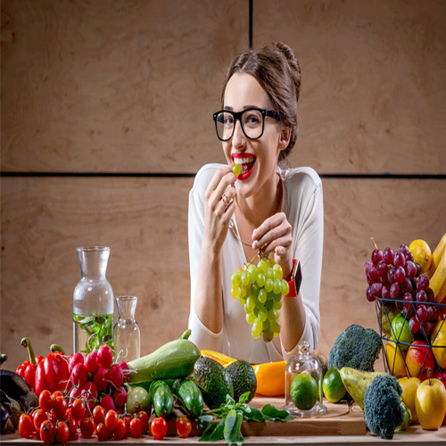 Study: Eating fruits, vegetables linked to lessening of menopause symptoms, study,  eating fruits,  vegetables linked to lessening of menopause symptoms,  fruits,  vegetables,  menopause,  research,  ifairer