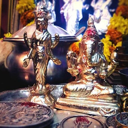 9 Things to attract Goddess Lakshmi to your home
