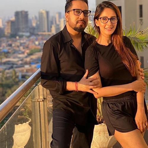 Chahatt Khanna breaks silence on quarantine love with singer Mika Singh, chahatt khanna breaks silence on quarantine love with singer mika singh,  chahatt khanna,   mika singh,  quarantine love,  bollywood news,  bollywood gossip,  ifairer