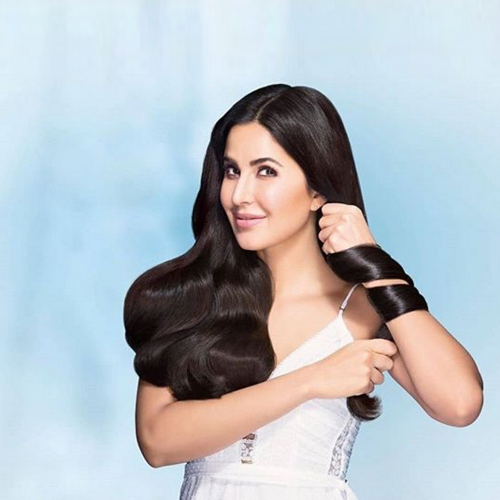 Katrina Kaif`s secret to healthy hair, here`s to know homemade oil recipe, katrina kaif secret to healthy hair,  here to know homemade oil recipe,  katrina kaif,  hair care,  recipe,  homemade oil,  healthy hair,  hair care tips,  ifairer