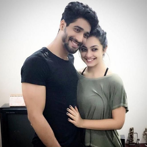 SSR case: Abigail Pande drops names, Sara Khan and Angad Hasija summoned, ssr case,  abigail pande drops names,  sara khan and angad hasija summoned,  bollywood drug,  ncb,  tv actor,  abigail pande,  sanam johar,  sushant singh rajput,  bollywopod,  bollywood news,  ifairer