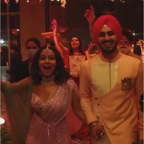 Neha Kakkar and Rohanpreet Singh`s wedding invitation leaked, neha kakkar and rohanpreet singh wedding invitation leaked,  neha kakkar and rohanpreet singh wedding,  neha kakkar,  rohanpreet singh,  bollywood,  bollywood news,  ifairer