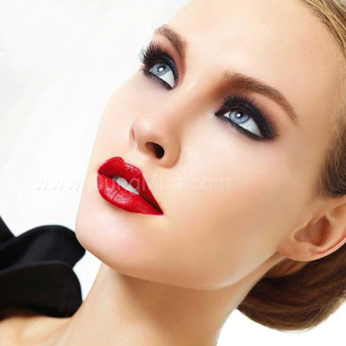 7 Makeup hacks to look more beautiful this Christmas, 7 makeup hacks to look more beautiful this christmas,  makeup tips for christmas,  christmas makeup ideas,  makeup looks for christmas,  makeup looks for christmas,  christmas party make-up ideas,  christmas makeup,  christmas special,  christmas,  make up tips,  ifairer