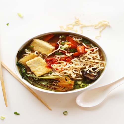 HOW TO CREATE A HOMEMADE VEGETARIAN RAMEN, homemade food,  homemade ramen,  vegetarian ramen,  veg ramen