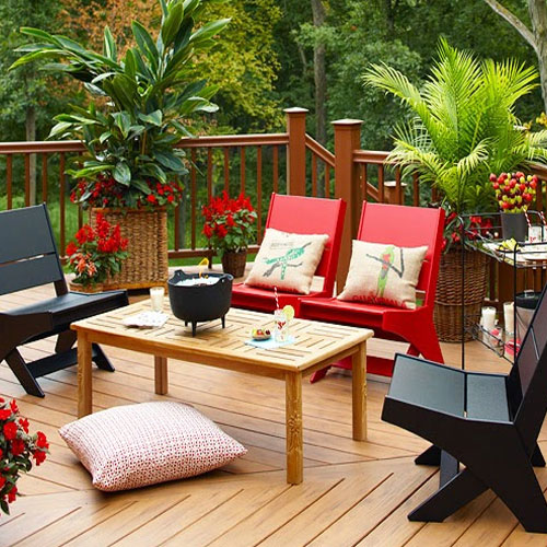 5 Tips To Use Small Outdoor Spaces, 5 tips to use small outdoor spaces, decide the area, re-vamping outdoor space, paving, wall pots and hanging baskets, beautiful outdoor,  utilise your outdoor spaces of house,  space utilising,  best way to make use of your home space,  how to make use of your extra home space,  ifairer,  home decor,  use small outdoor spaces of house,  5 tips to make use of small spaces of house