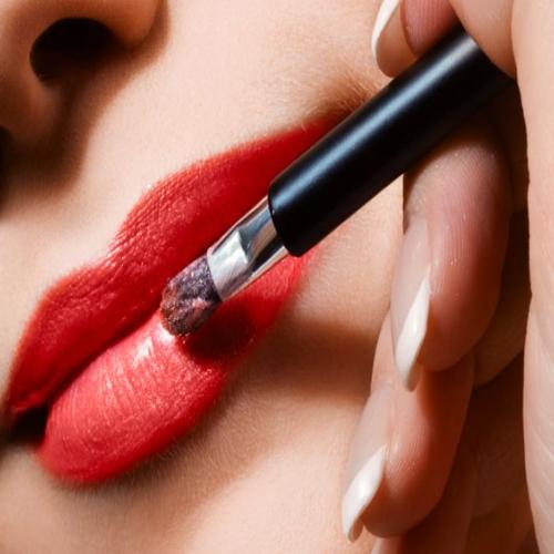 5 Harmful Effects Of Lipsticks!, lipstick,  harmful effects of lipstick,  disadvantages of lipstick,  effects on lipstick,  beauty,  ifairer