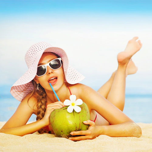 5 Health and beauty benefit of coconut water, 5 health and beauty benefit of coconut water,  5 benefit of coconut water,  amazing benefits of coconut water,  the truth about coconut water,  coconut water,  health and beauty secrets of coconut water,  health care,  beauty tips,  ifairer