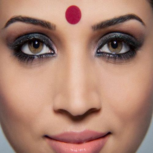 bottu-tilakam-indian-tradition-ap-politics-telanga
