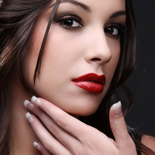 5 Rejuvenating Beauty Tricks, 5 rejuvenating beauty tricks, go easy on mascara, style your bangs, ditch the bronzer, opt for creamy textures, ditch dark lipsticks,  fashion,  fashion tips,  beauty tips,  ifairer
