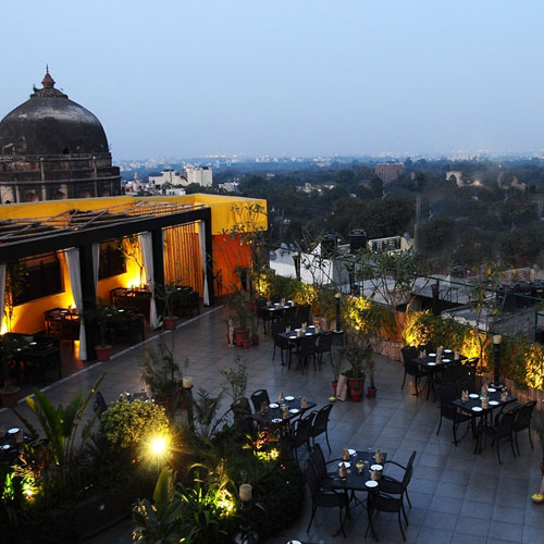 Wow what dating spots of Delhi - Baggout