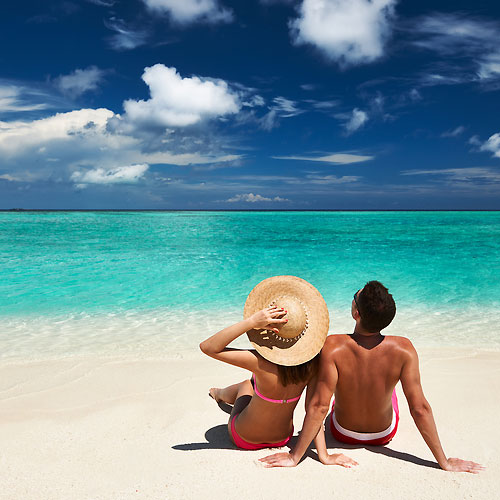 5 Romantic Summer Date Ideas, 5 romantic summer date ideas,   romantic summer date ideas,  summer date ideas,  summer date ideas for couples,  how to maintain lovable relationship,  relationship tips,  summer date tips for couple,  how to maintain love in relationship,  monsoon dating tips,  how to enjoy monsoon,  how to improve spur relationship
