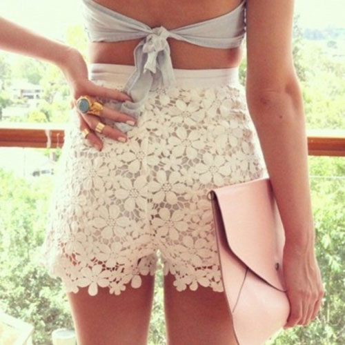 5 Street Style Ways To Wear The Lace Trend , 5 street style ways to wear the lace trend, shorts, cardigan, blouse, leggings, crop top,  ifairer,  fashion tips,  fashion trends,  how to wear the lace trends,  tips to wear lace trends,  tips to wear lace dress,  steps to wear lace dresses,  5 tips to wear lace trend