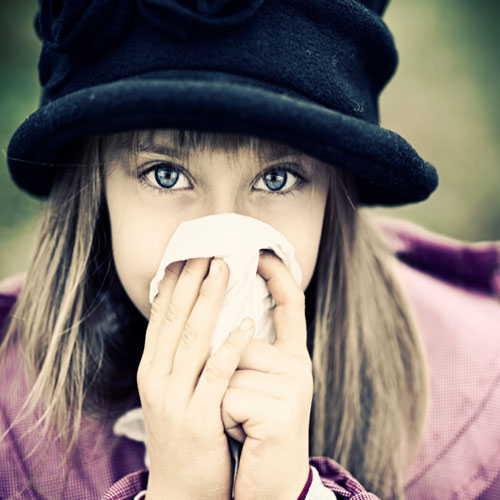 5 Tips For Dealing With Allergies, 5 tips for dealing with allergies, honey,  honey, cinnamon, retinol lotion, windows, neti pots,  health tips,  health,  ifairer,  allergies,  tips to fight with allergies,  ways to fight with allergies