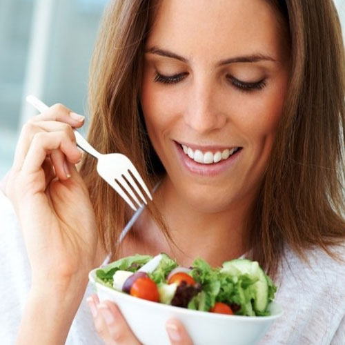 5 Tips For Mindful Eating, 5 tips for mindful eating, put your fork down between bites,  cut your portions in half, savor that first bite, turn your fork upside down, turn off the tv,  tips to have healthy diet,  health tips,  ifairer