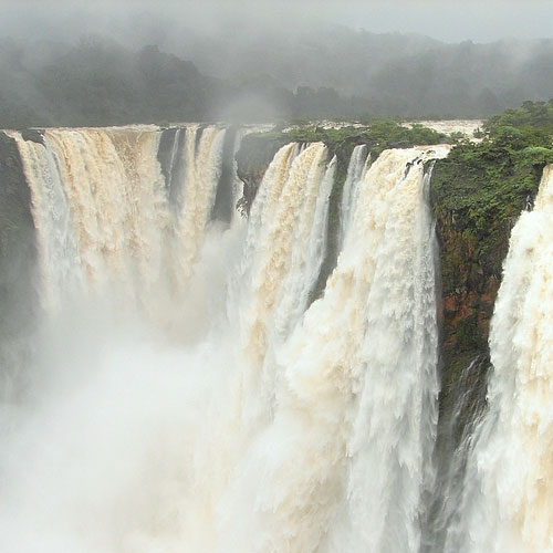 5 Waterfalls Of India You Must See , 5 waterfalls of india you must see, jog falls, dudhsagar falls, athirappilly falls, chitrakoot falls, hogenakkal falls,  best waterfalls of india,  waterfalls,  waterfalls of india,  places to be visited in india,  must visit waterfalls of india,  best waterfalls of india,  indian destinations,  travel,  ifairer,  must see waterfalls,  waterfalls you should not miss out,  breathtaking waterfalls of india,  picinc spots,  holiday destinations,  holiday destinations of india