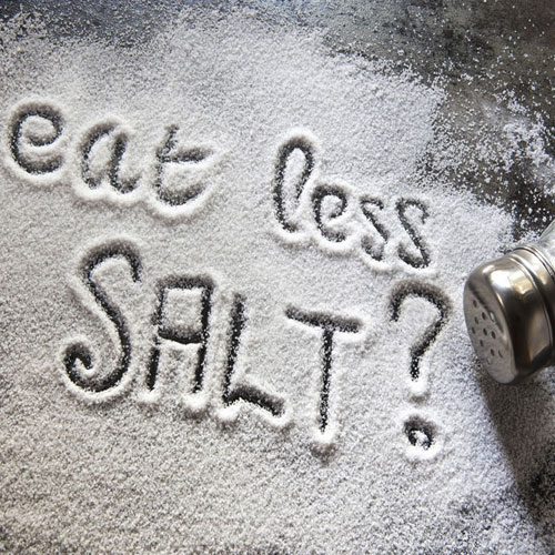 5 Ways Salt Affects Your Body  , 4 ways salt affects your body, you feel bloated, your blood pressure spikes, your stroke risk increases, you start craving even more salty foods, your kidneys struggle,  ways in which salt affects your body,  side effects of salt,  disadvantages of excessive intake of salt,  ifairer,  health,  demerits of more salt intake,  more disadvantages of salt intake