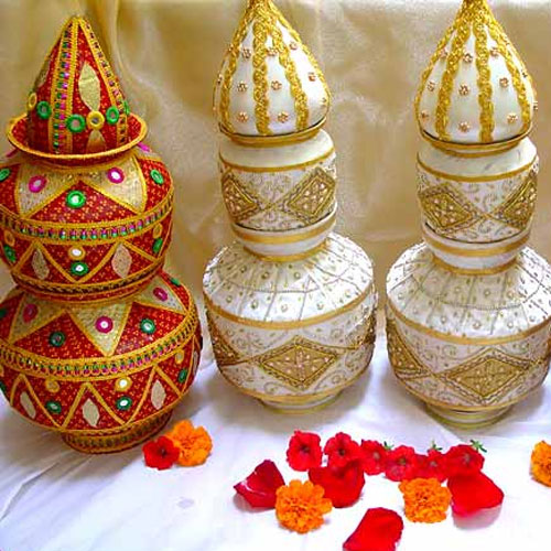 Home Decor Ideas For Navratri: Tips To Decorate Home On This Navratri Slide 2, Ifairer.com