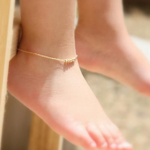 7 Stylish Anklets for 7 Stylish Moods, 7 stylish anklets for 7 stylish moods,  stylish anklets ideas,  tips to wear stylish anklets,  different anklets ideas,  beautiful anklets ideas,  beautiful anklets trends,  accessories,  fashion,  ifairer