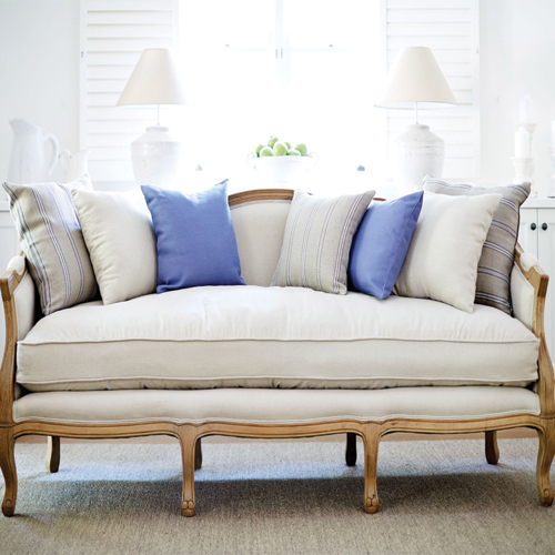 8 Beautiful Sofa Designs for Living Room Slide 3, ifairer.com