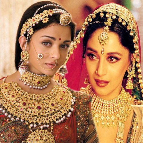 8 B'wood  most expensive costumes, 8 bollywood  most expensive costumes,  most expensive costumes of bollywood celebrates,  bollywood news,  latest bollywood news,  bollywood news and gossip,  latest bollywood updates,  ifairer