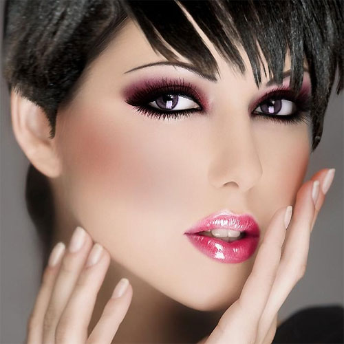 8 Makeup Tips To Look Like A Diva, 8 makeup tips to look like a diva,  how to apply diva makeup,  how to be a fabulous diva,  makeup tips to look like a diva,  how to look beautiful,  makeup tips,  tips for makeup,  how to maintain beauty,  beauty tips,  tips for beauty,  how to look gorgeous,  how to look more attractive,  ifairer