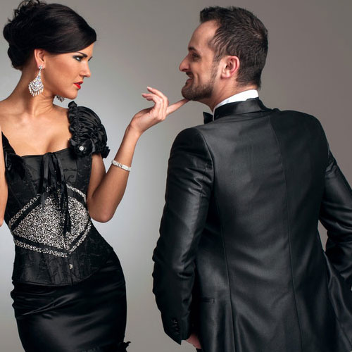 How to attract a guy with body language | How to attract Men with