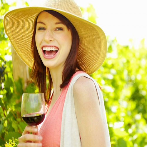 A glass of wine a day good for Heart , a glass of wine good for health,  a glass of wine a day can protect against heart disease,  general articles,  benefits of wine,  benefits of wine for heart,  wine,  ifairer