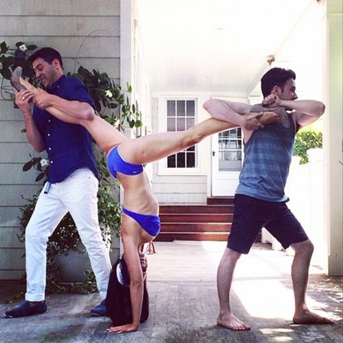 Amazing Yoga Poses!!, yoga,  yoga poses,  bikini yoga,  hilaria baldwin,  hilaria baldwins yoga poses,  male companions,  impressive yoga,   impressive headstand,  ifairer