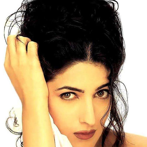 8 Unknown facts about Twinkle Khanna , b`day: 8 unknown facts about twinkle khanna,  twinkle khanna,  interesting facts about twinkle khanna,  bollywood news,  bollywood gossip,  latest bollywood updates,  ifairer