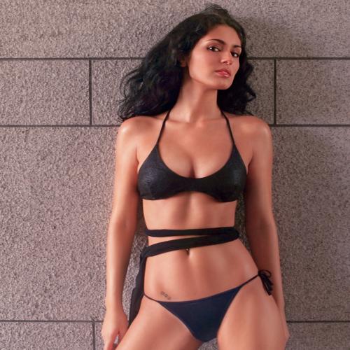 Bruna Abdullah Hot Photoshoot For FHM! Slide 5, ifairer.com