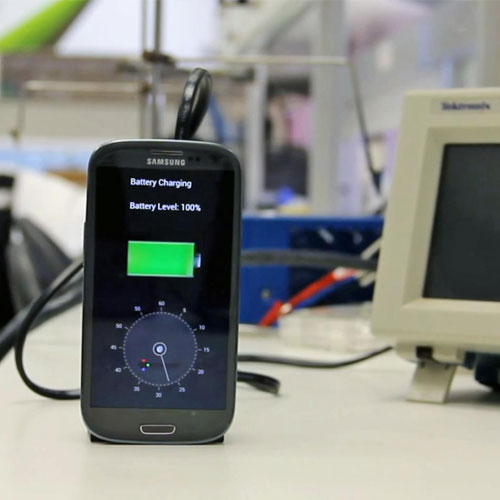 Charge phone's battery in 30 seconds , charge phone battery in 30 seconds,   israeli start up,  microsoft's think next symposium,  gadget news,  a battery that can charge in 30 seconds