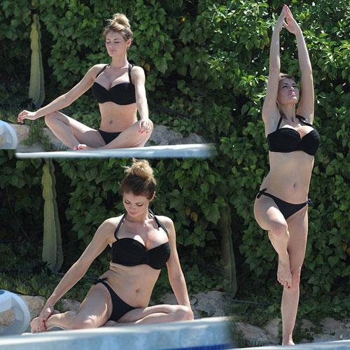 Chloe Yoga pose in bikini, chloe yoga pose in bikini,  chloe sims,  hollywood news,  hollywood gossips,  latest news,  sexy chloe sims,  hot chloe sims,  chloe sims in bikini