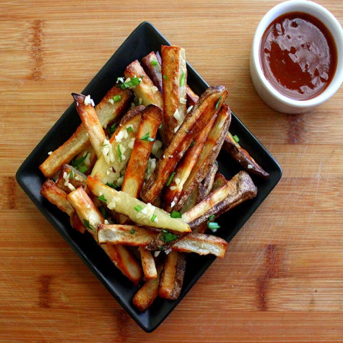 Creamy Chili Hot Sauce with Fries Recipe!!, serve hot with fries,  enjoy chill weather with chilli dip,  recipe,  hot recipe,  appetizers,  spreadable dips,  asian recipes,  gluten free recipes,  recipes,  sauce recipes,   dressings,  spicy sriracha hot sauce,  vegetable recipes,  vegetarian recipes,  vietnam
