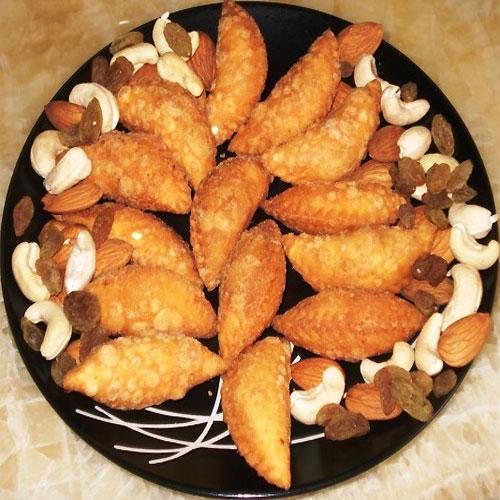 Gujiya (Karanji) Recipe  , gujiya (karanji) recipe,  sooji gujiya   gujiya (karanji) recipe,  recipe for gujiya,  gujiya recipe,  how to make gujiya,  how to prepare gujiya,  tea time recipes,  ifairer